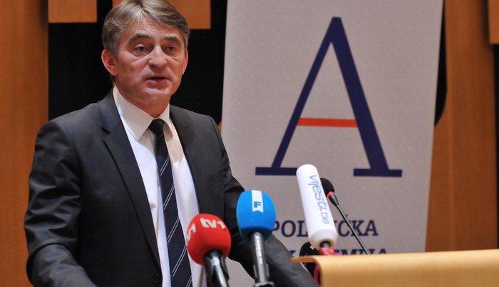 Komšić o građanskom konceptu, reduciranju Doma naroda FBiH, podršci Njemačke, protivljenju Hrvatske, i o srbijanskoj haranzi