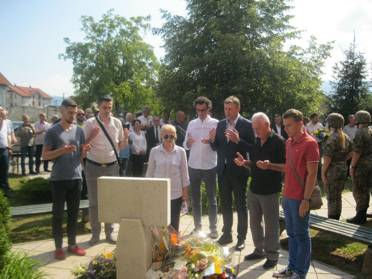 Delegacija KO DF Sarajevo na godišnjicu pogibije odala počast Ramizu Salčinu
