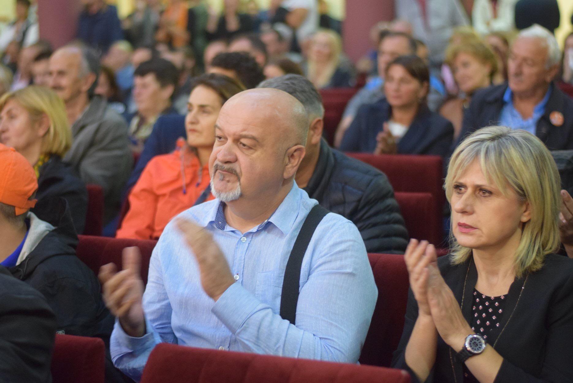 Elmedin, Dino i Konaković u epizodi: Vatrogasac gasi DF i Željka Komšića