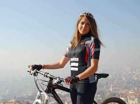 Na inicijativu Marijele Hašimbegović, dogradonačelnica Margetić primila najbolju bh. biciklistkinju Lejlu Tanović