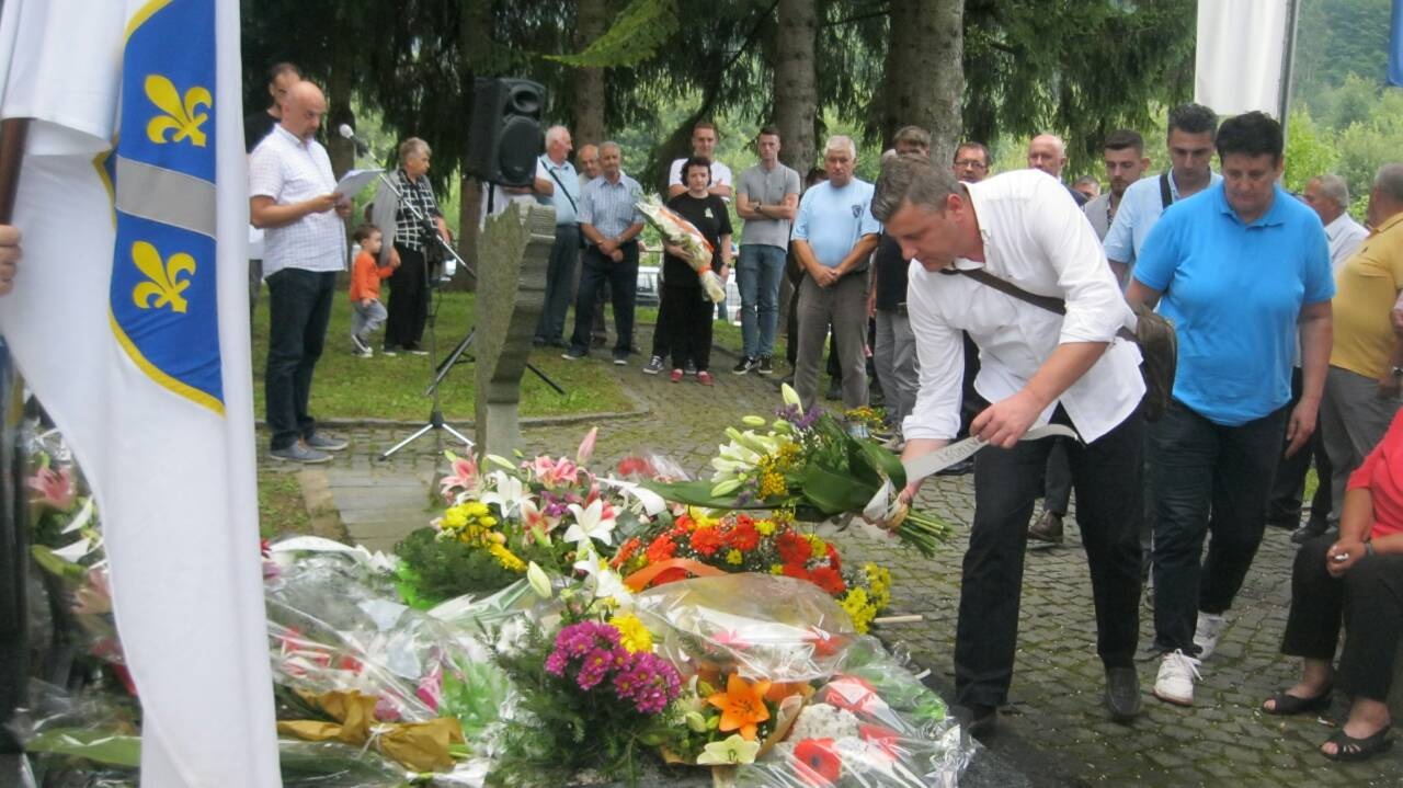 Obilježavanje 26. godišnjice pogibije Čedomira Domuza i Smaje Some